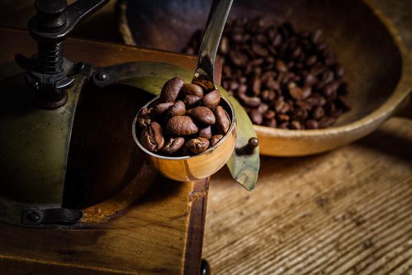 Koffein in Tee und Kaffee