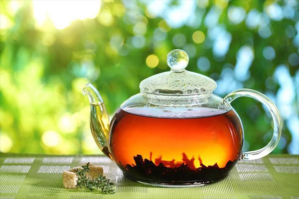 Schwarzer Tee